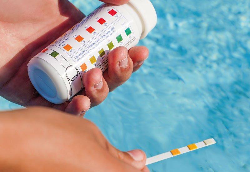 Mesure du pH d'une piscine