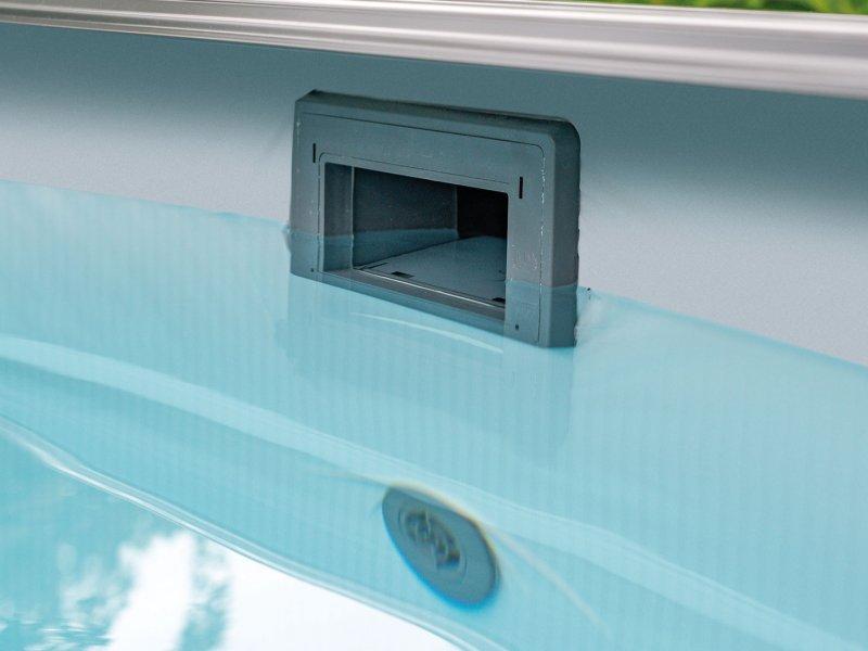 piscine-avec-une-eau-propre
