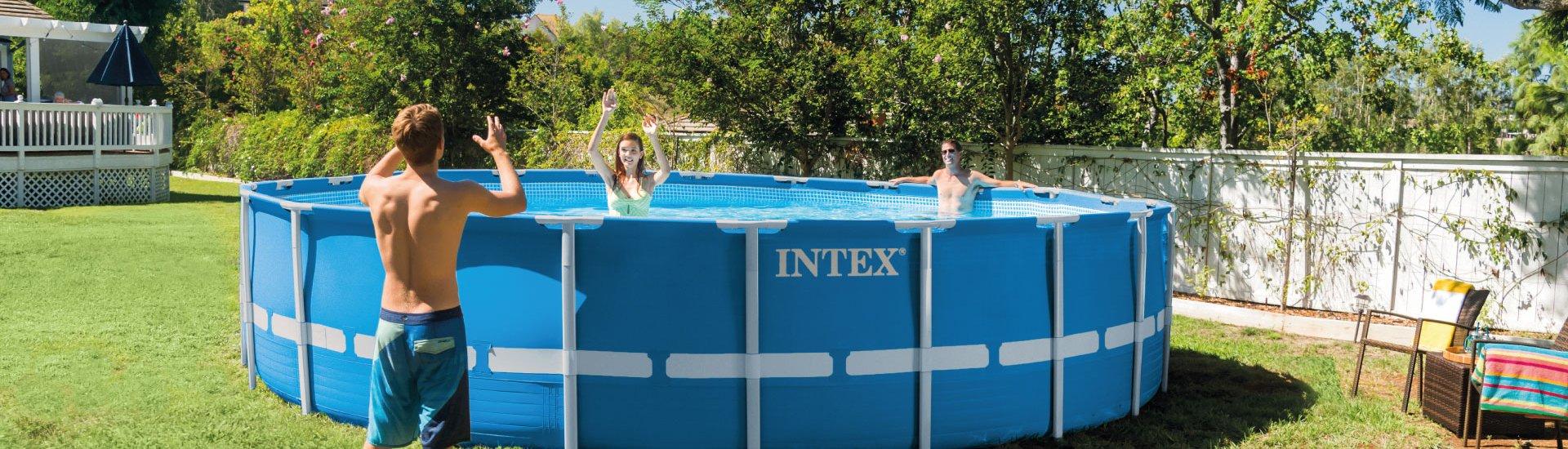 Montage d'une piscine hors-sol
